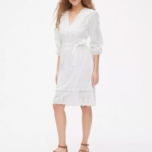 Gap white eyelet v neck dress size XS